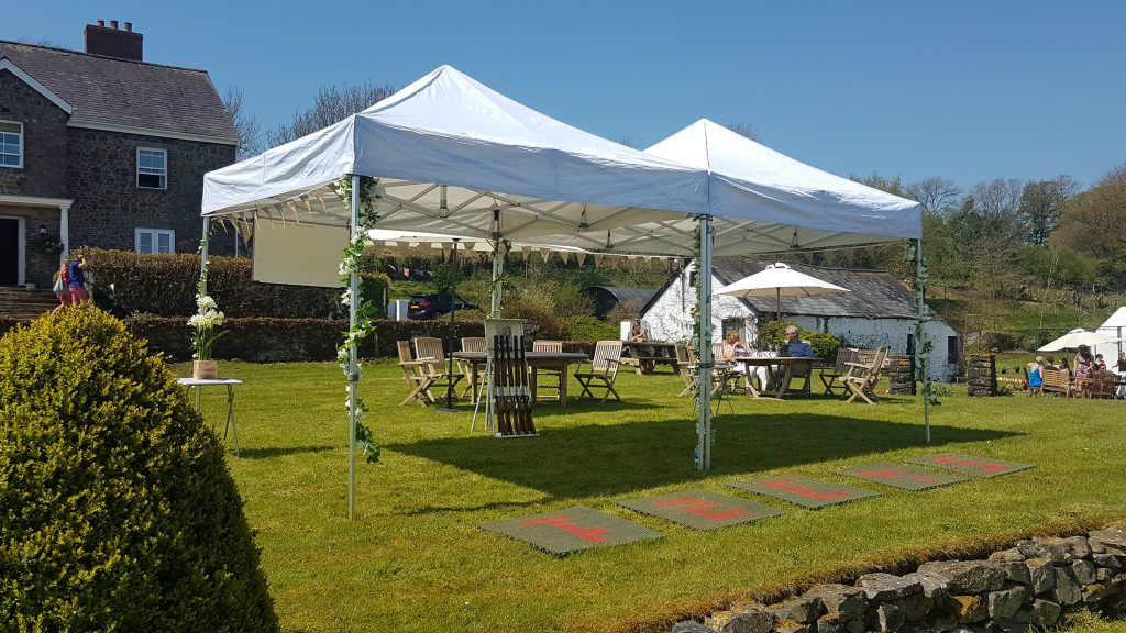 clayzer laser clay pigeon shooting wedding setup